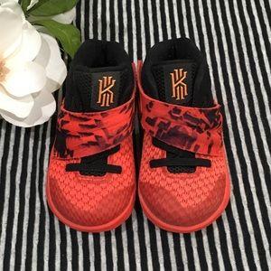 Nike Kyrie Inferno Sneakers